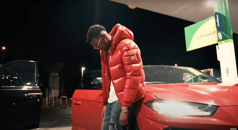 Premiere: AMR drops cold new joint