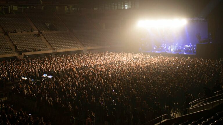 5000 people attend concert in Barcelona after passing same-day Covid-19 screening