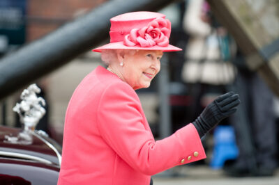 Extra 4-Day Bank Holiday Weekend Announced To Celebrate Queen's Platinum Jubilee